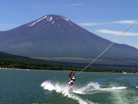 山中湖中央ボート